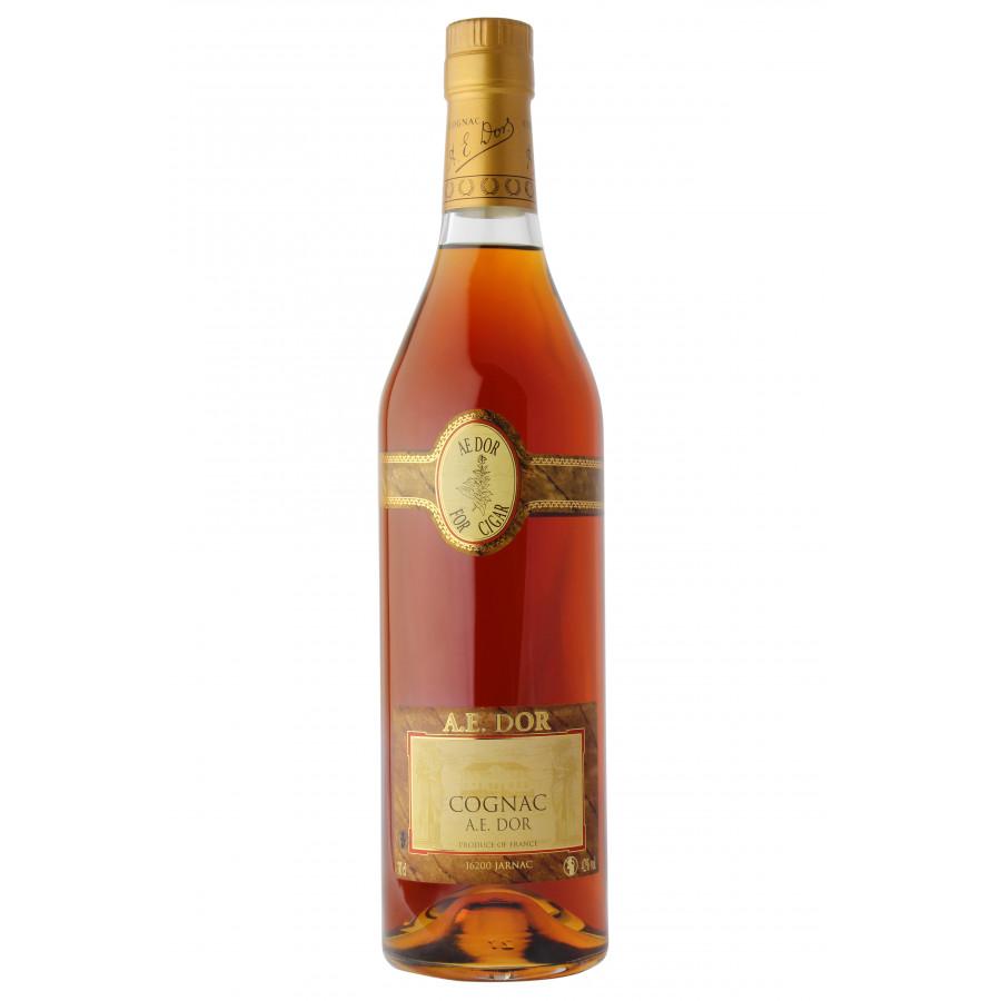 A.E. DOR XO Réserve Cigar Cognac 01