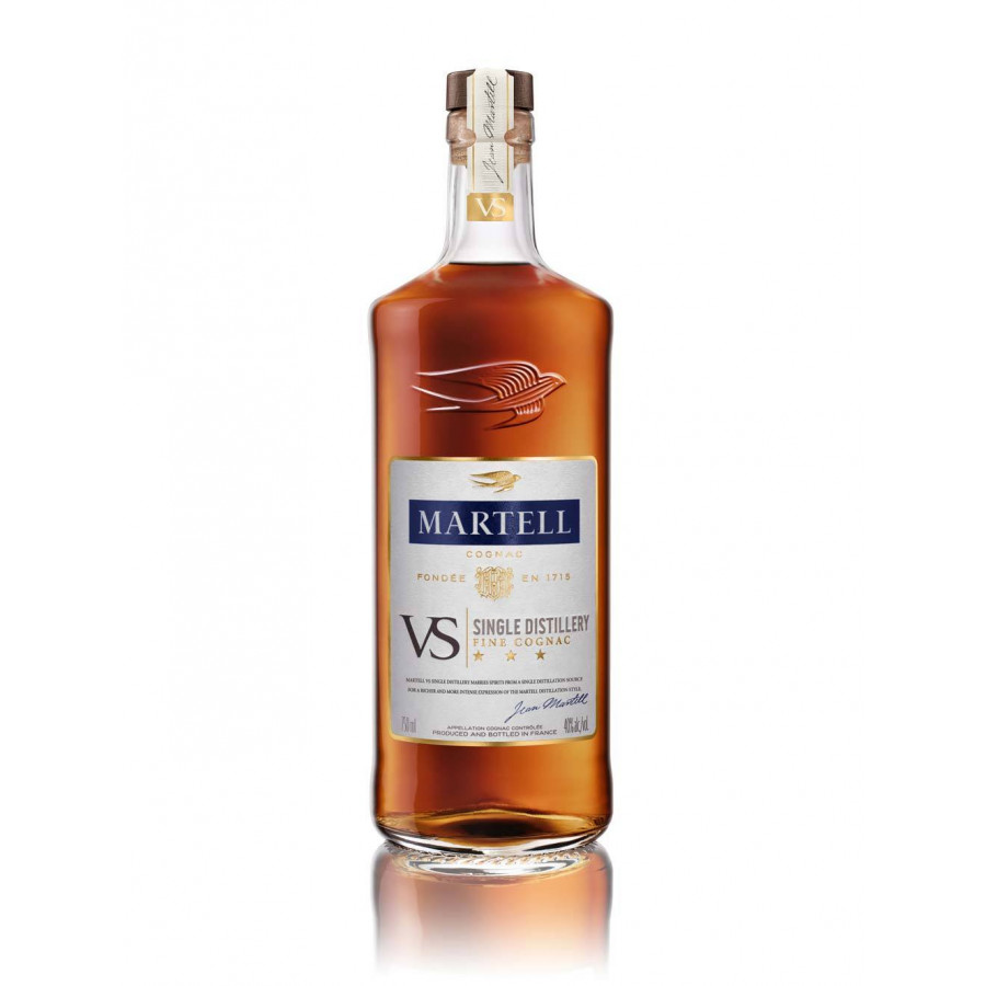 Martell VS Single Distillery Limited Edition Cognac 01