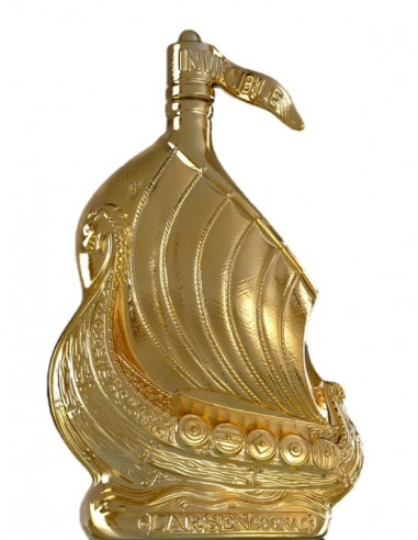 Larsen Viking Ship Gold Carved Cognac 01