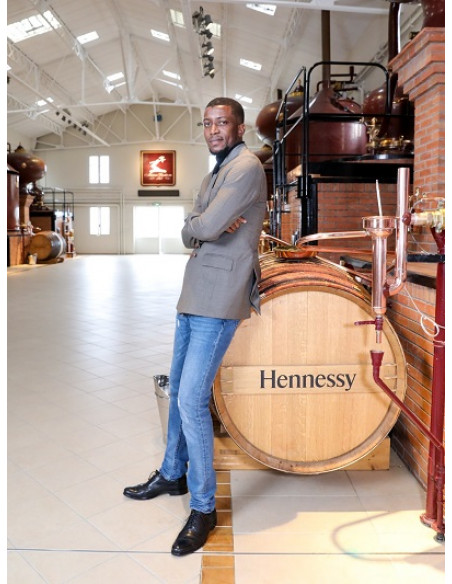 Hennessy VS Limited Edition by Osa Seven Cognac 08