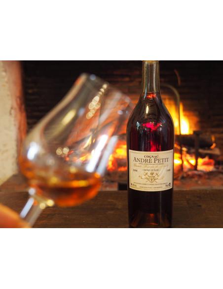 André Petit Hors d'Age Grande Reserve de Famille 1990 Cognac 06