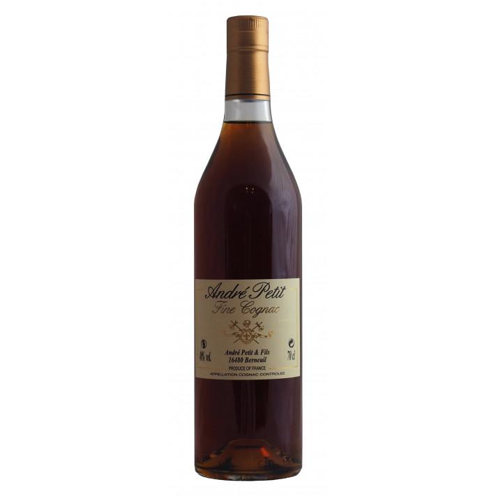 André Petit VS *** Cognac 01