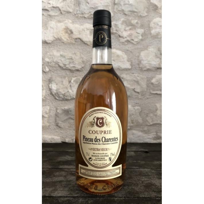 Couprie Pineau White Extra Vieux Cognac 01