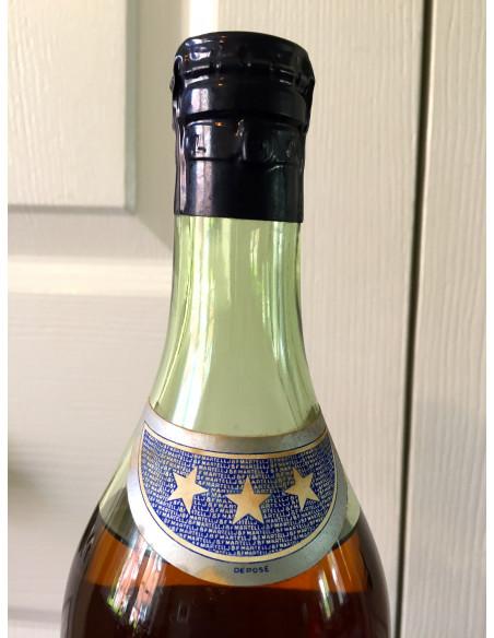 J & F Martell Very Old Pale Cognac 011