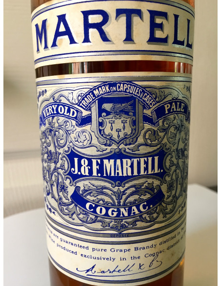 J & F Martell Very Old Pale Cognac 012