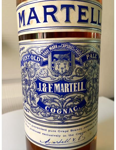 J & F Martell Very Old Pale Cognac 013