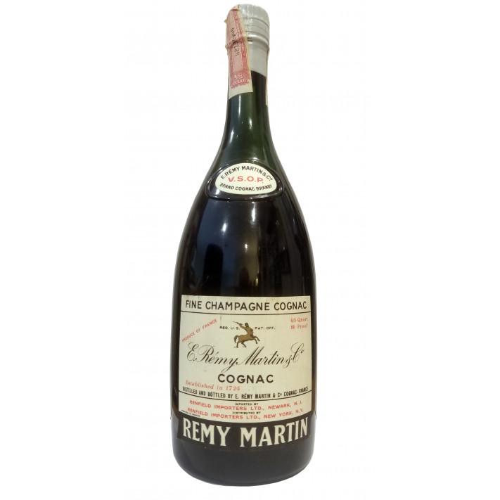 E. Remy Martin Fine Champagne VSOP Cognac 01