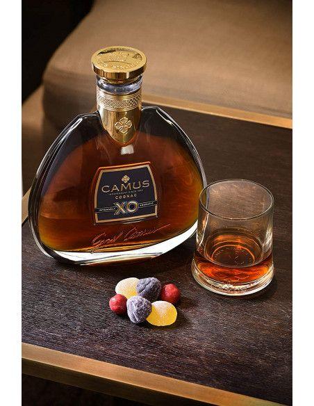 Camus XO Intensely Aromatic Cognac 08
