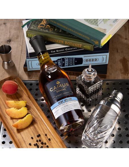 Camus VS Intensely Aromatic Cognac 06
