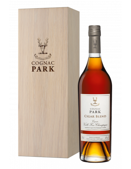 Park XO Cigar Blend Wood Box Cognac 03