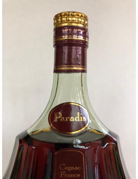 Hennessy Paradis 012