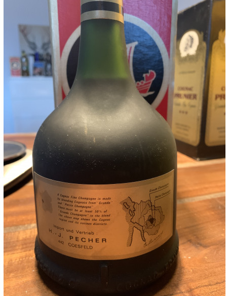 Larsen Fine Champagne Cognac 010