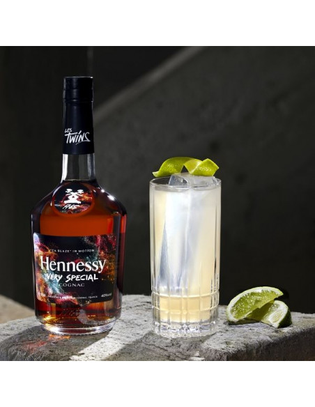 """Hennessy VS Limited Edition by Les TWINS - """"CA BLAZE"""" 07"""
