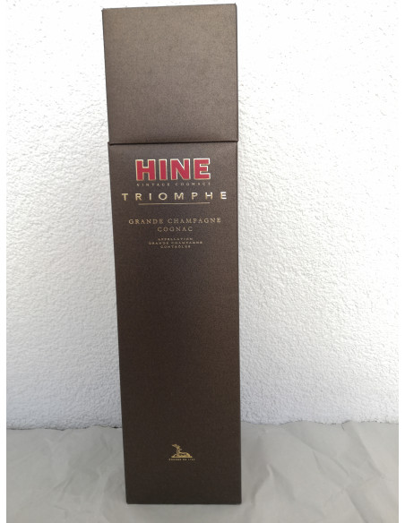 Hine Triomphe Cognac 015