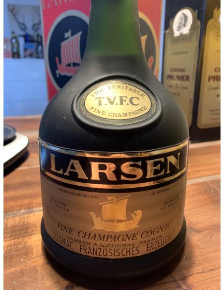 Larsen Fine Champagne Cognac 013