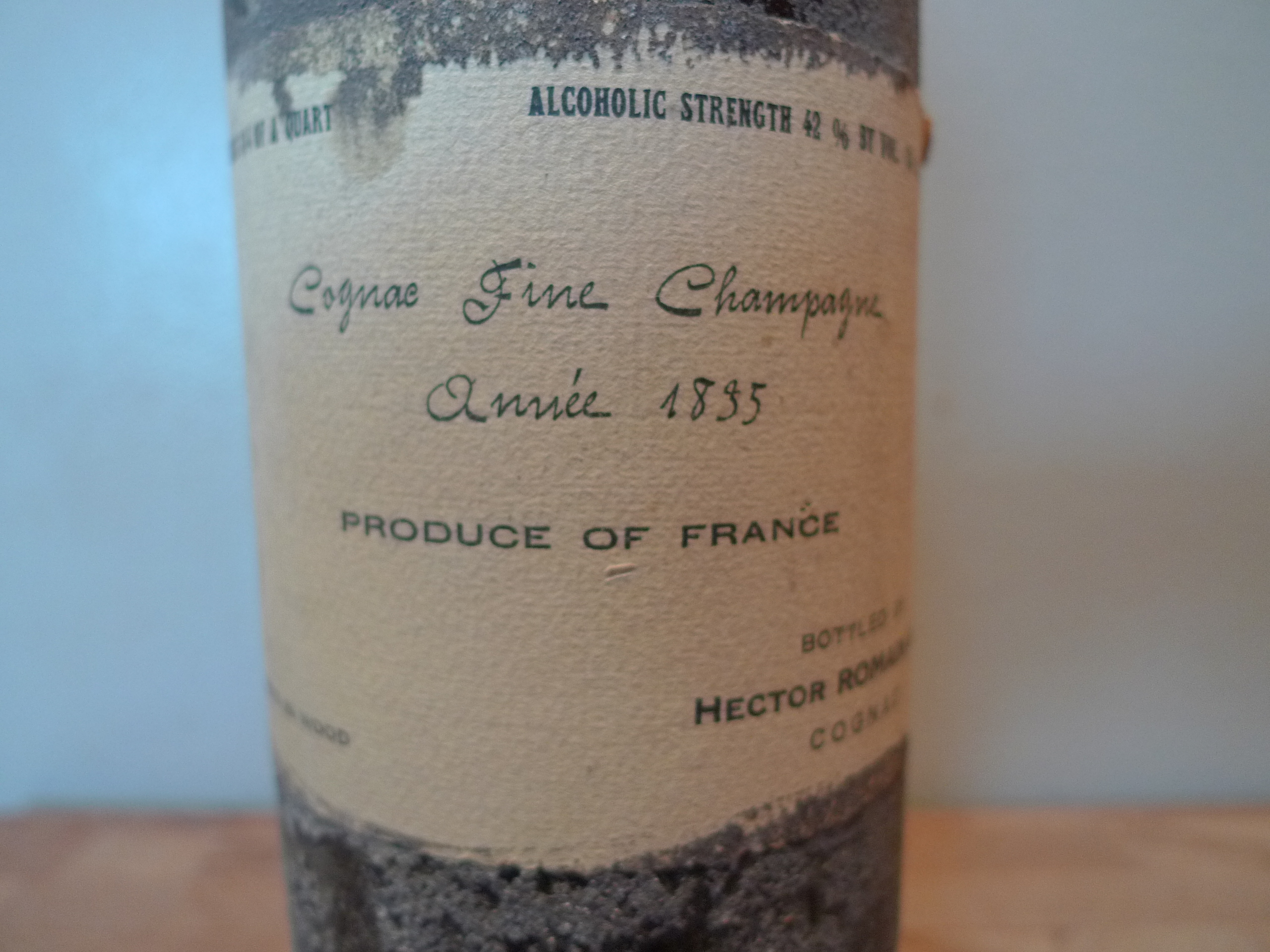 Cognac Fine Champagne 1835: Reader would like to Sell