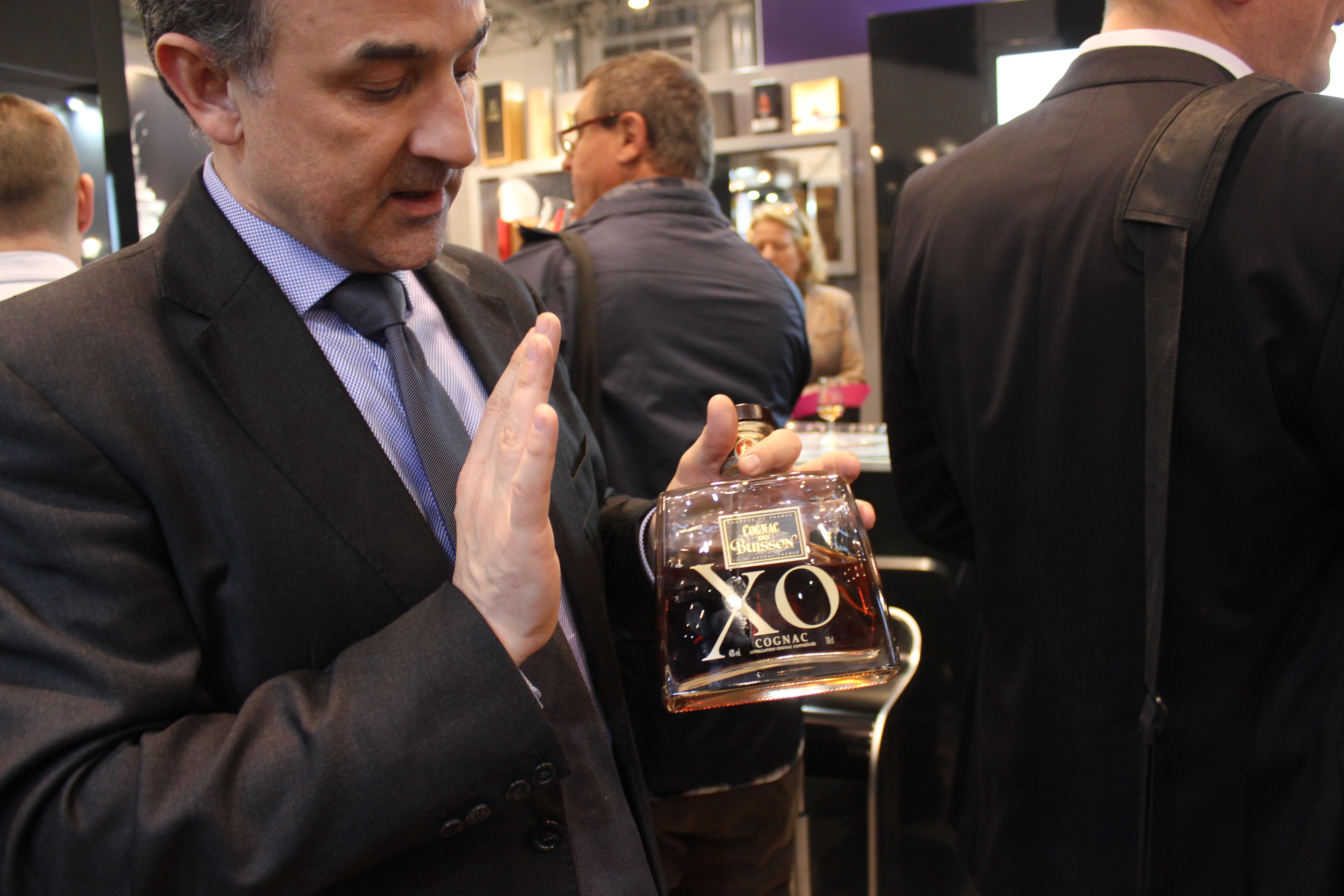 Jérôme Tessendier presenting the Buisson XO cognac
