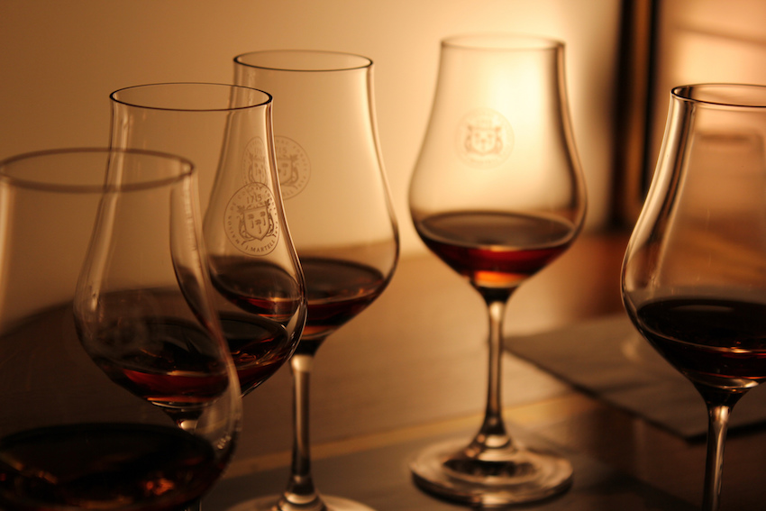 Cognac Glasses: The 2 Basic Types and Their Differences